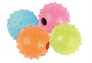 Happy pet rubber bal met bel (5,5 CM)