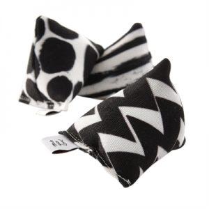 Canadian cat mini pyramide set met catnip zwart / wit (6X6X6 CM 3 ST)