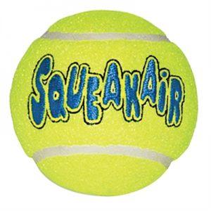 Kong squeakair tennisbal geel met piep (MEDIUM 6,5 CM)